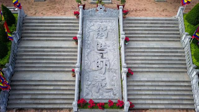 Toàn cảnh đền Chu Văn An trên núi Phượng Hoàng - 7