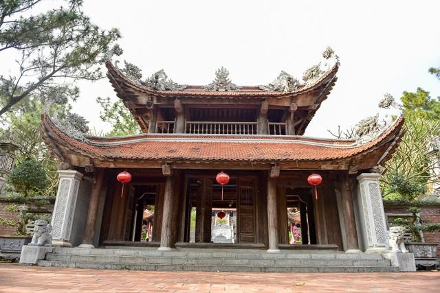 Toàn cảnh đền Chu Văn An trên núi Phượng Hoàng - 4