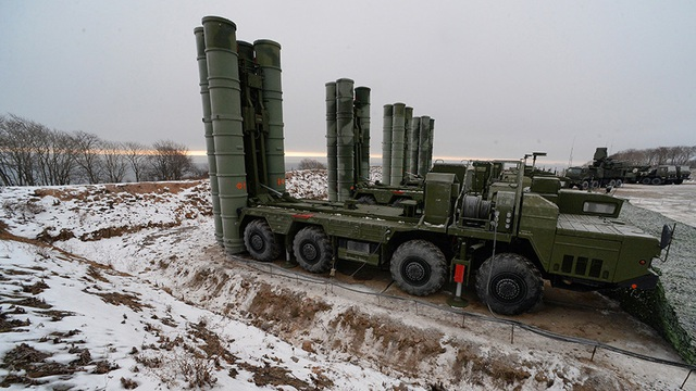 Bão phá hủy tên lửa S-400 Nga bàn giao cho Trung Quốc - 1