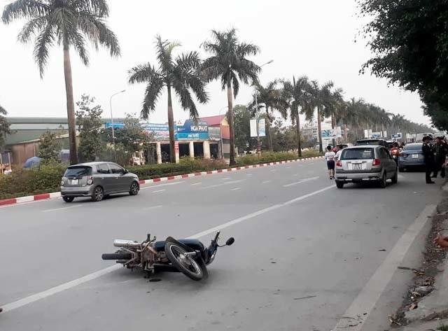Va chạm với  ô tô, một quân nhân tử vong - 2