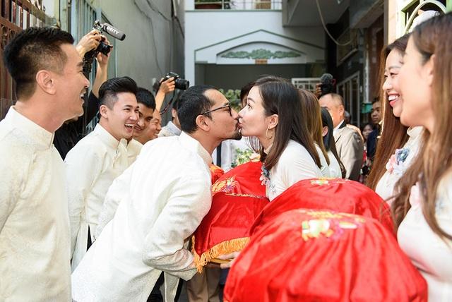 """Lễ vu quy ngọt ngào của diễn viên """"Gạo nếp gạo tẻ"""" - Vũ Ngọc Ánh - 16"""