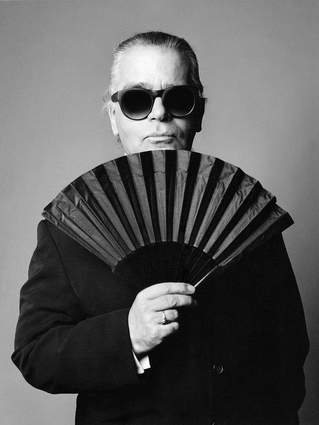 Karl Lagerfeld: Muốn giỏi nhất, phải nghĩ mình còn lười và còn kém - 4