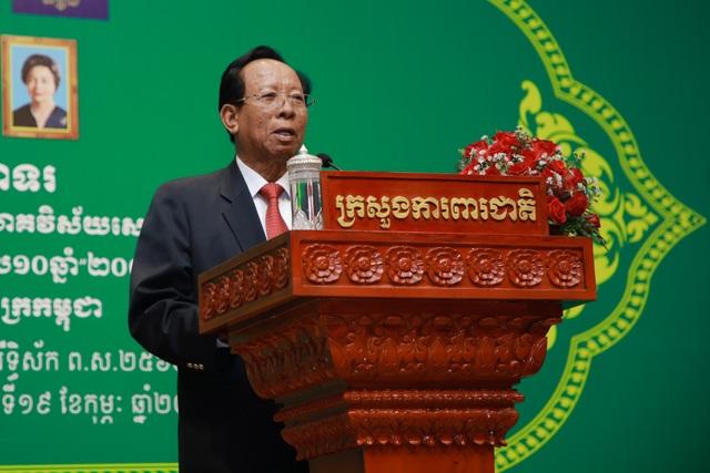 Kỷ niệm 10 năm kinh doanh tại Campuchia, Viettel cam kết tiên phong  xây dựng kinh tế số  - 7