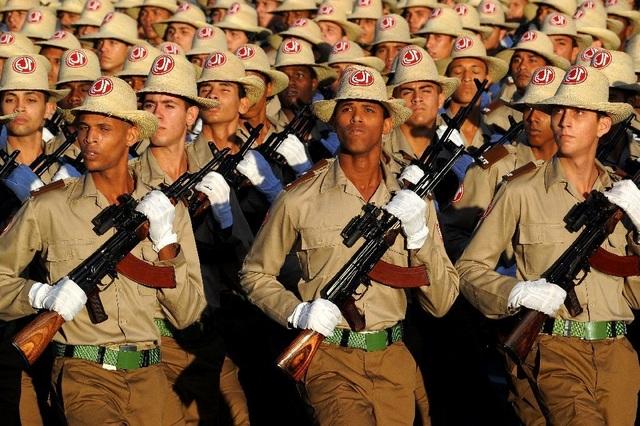 Cuba bác tin đưa quân tới Venezuela giữa lúc khủng hoảng - 1