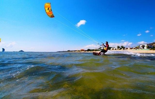 lướt ván diều (4).jpg