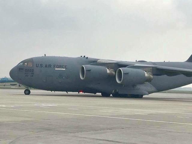 """""""Siêu máy bay"""" Mỹ đến Hà Nội trước thềm Thượng đỉnh Mỹ - Triều - 2"""