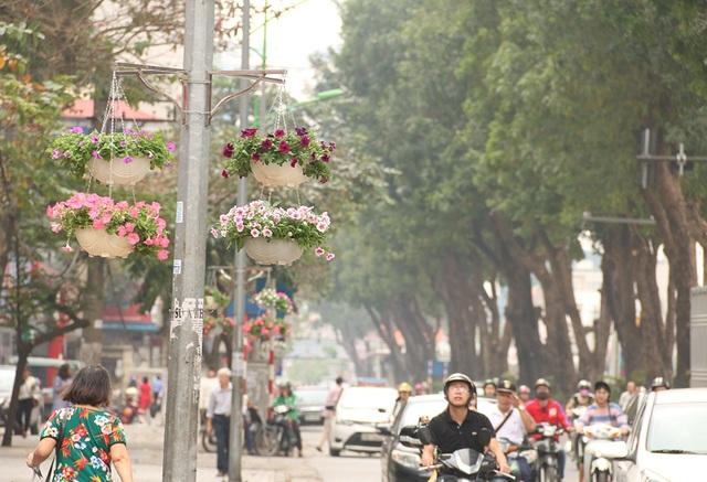 Hà Nội chỉnh trang đường phố trước thượng đỉnh Mỹ - Triều - 5