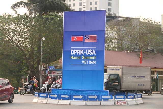 Hà Nội chỉnh trang đường phố trước thượng đỉnh Mỹ - Triều - 1