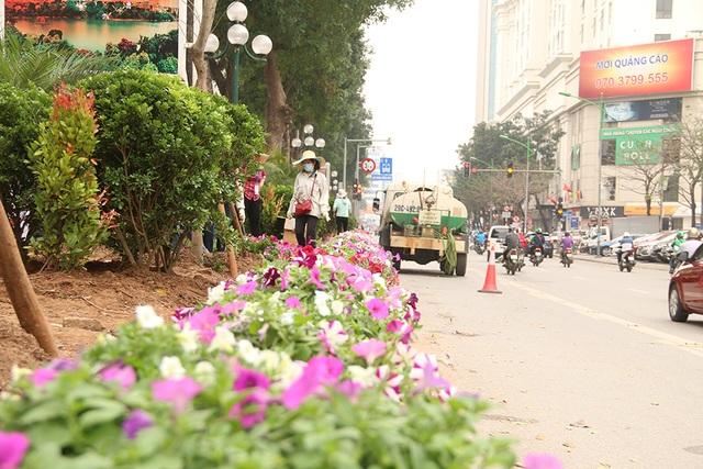 Hà Nội chỉnh trang đường phố trước thượng đỉnh Mỹ - Triều - 6