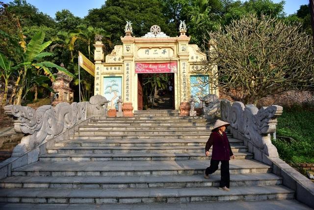 Kỳ lạ ngôi chùa không có hòm công đức, nổi tiếng với pho tượng táng độc nhất Việt Nam - 2