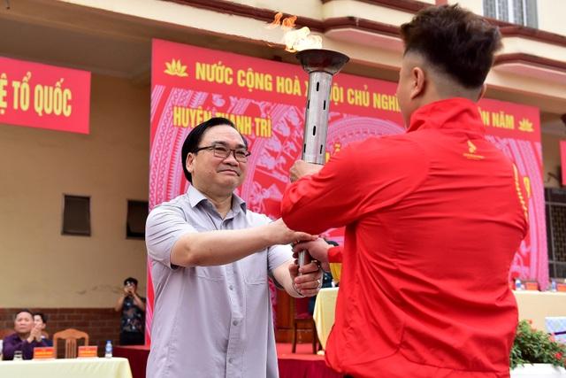 Bí thư Hà Nội trao lửa truyền thống tiễn tân binh lên đường nhập ngũ - 3