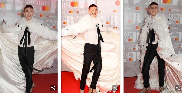 Dàn sao khoe thân táo bạo trên thảm đỏ lễ trao giải âm nhạc Anh quốc - 29