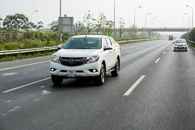 Nhận ngay ưu đãi 40 triệu đồng khi đặt mua Mazda BT-50  - 1