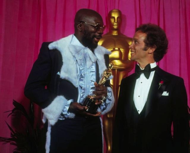 Những bộ cánh lộng lẫy bậc nhất lịch sử Oscar - 4
