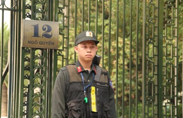 Phóng viên quốc tế chạy đua săn tin trước thềm Hội nghị Mỹ - Triều Tiên ở Hà Nội - 8