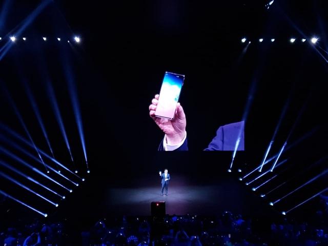 """Điện thoại gập được Galaxy Fold và """"bom tấn"""" Galaxy S10 trình làng - 8"""