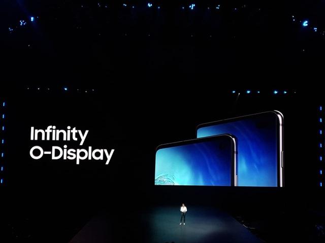 """Điện thoại gập được Galaxy Fold và """"bom tấn"""" Galaxy S10 trình làng - 9"""