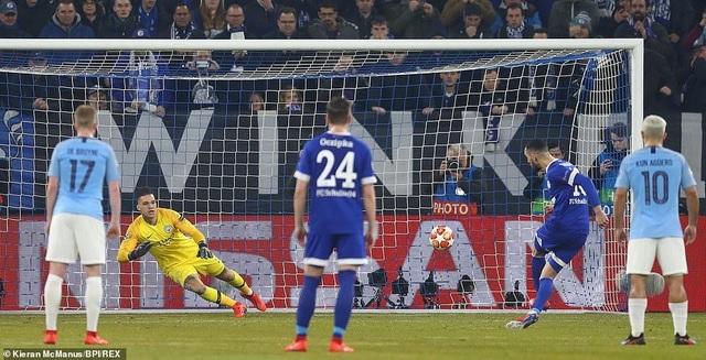 Nhìn lại màn ngược dòng ấn tượng của Man City trước Schalke 04 - Ảnh minh hoạ 10