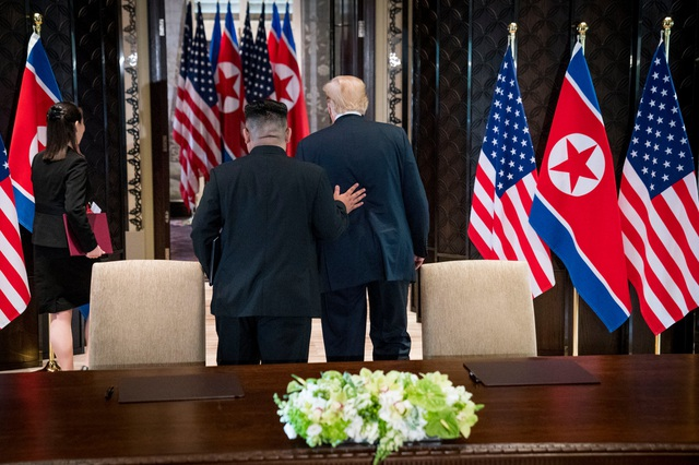 """Chuyện """"hậu trường"""" thú vị trong cuộc gặp thượng đỉnh Mỹ - Triều đầu tiên - 2"""