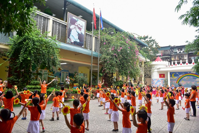 Ngôi trường tại Hà Nội có lớp học mang tên Kim Nhật Thành, Kim Chính Nhật - 2