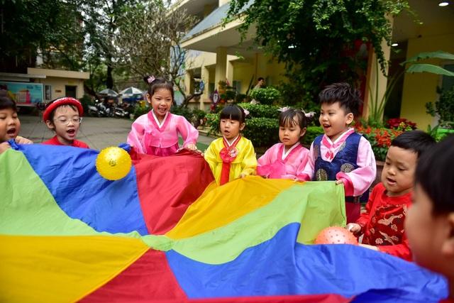 Ngôi trường tại Hà Nội có lớp học mang tên Kim Nhật Thành, Kim Chính Nhật - 9