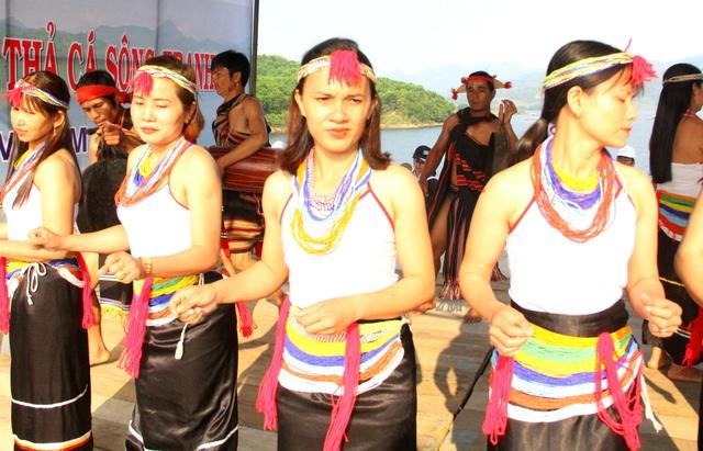 Đồng bào Kor Quảng Nam tổ chức lễ hội cầu mưa