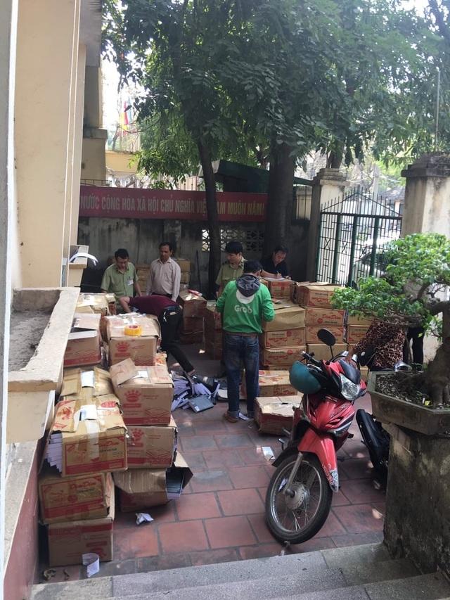 Thu giữ số lượng lớn sách lậu tại Hà Nội - Ảnh minh hoạ 2