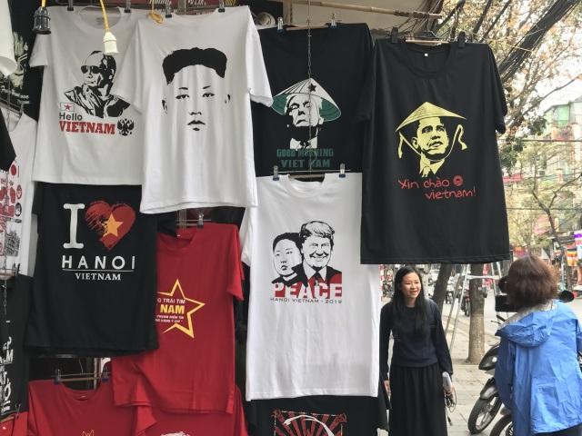 Một phút nghĩ ra ý tưởng, ngày bán 400 áo hình Tổng thống Trump và Chủ tịch Kim - 3