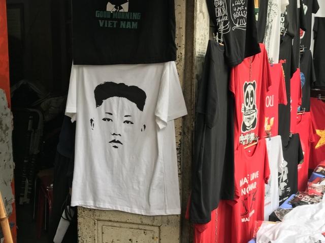 Một phút nghĩ ra ý tưởng, ngày bán 400 áo hình Tổng thống Trump và Chủ tịch Kim - 6