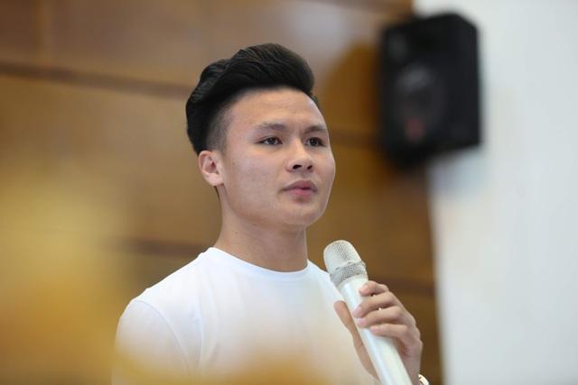 """Quang Hải được đề cử Gương mặt trẻ tiêu biểu: """"Tôi chỉ là người đại diện cho thành công của tập thể"""" - 1"""