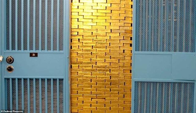 Kho vàng 6000 tấn lớn nhất thế giới đón khách tham quan - 1