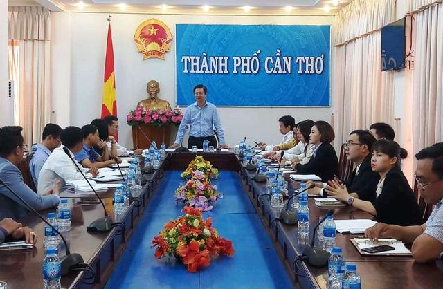 Ông Trương Quang Hoài Nam - Phó chủ tịch UBND TP Cần Thơ chủ trì buổi họp
