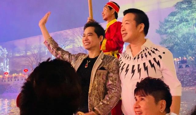 Người dân Bắc Ninh chen lấn xem Ngọc Sơn hát quan họ - 5