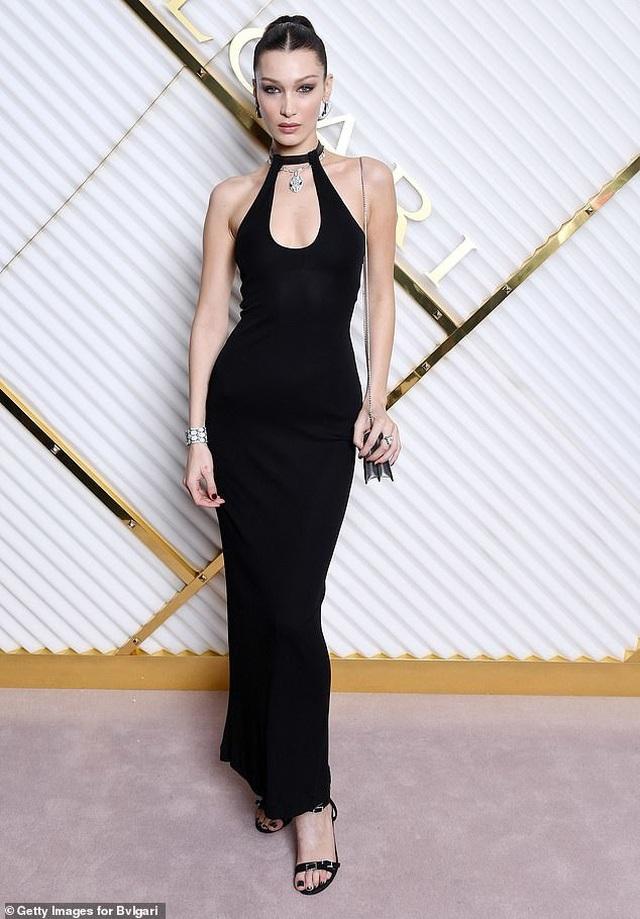 Bella Hadid nổi bật tại tuần lễ thời trang Milan - 4