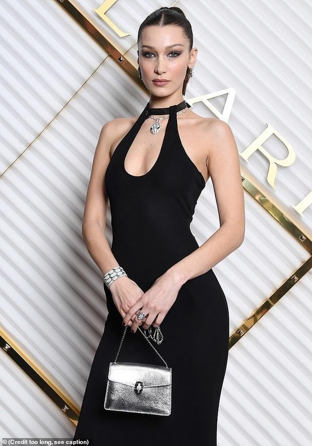 Bella Hadid nổi bật tại tuần lễ thời trang Milan - 2