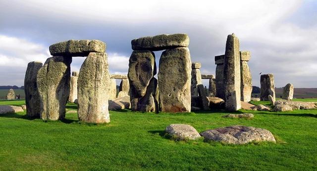 Các nhà khoa học tiến gần hơn tới việc giải mã bí ẩn của kì quan thế giới Stonehenge - 1