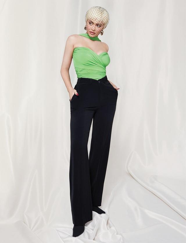 Kylie Jenner quyến rũ trên tạp chí - 8