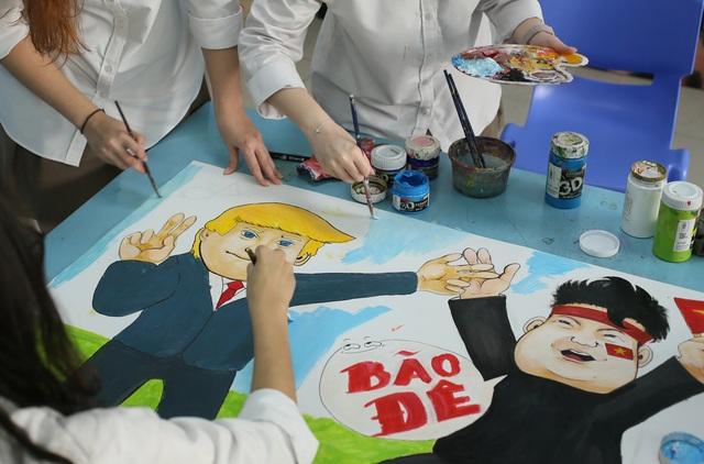 Hà Nội: Học sinh chào Hội nghị Thượng đỉnh Mỹ - Triều bằng poster độc đáo - 3