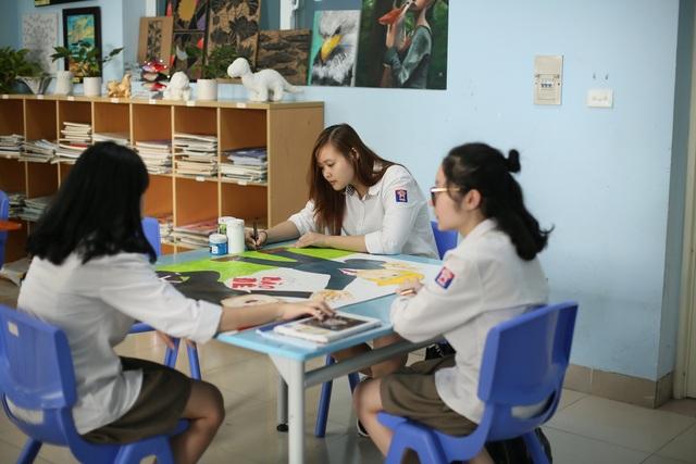 Hà Nội: Học sinh chào Hội nghị Thượng đỉnh Mỹ - Triều bằng poster độc đáo - 1