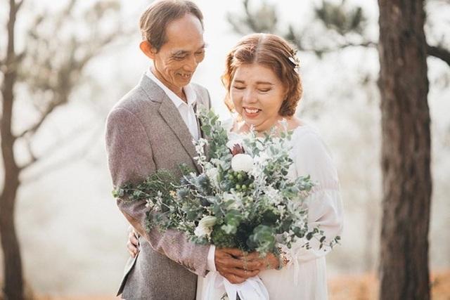 """Ngưỡng mộ tình yêu gần 40 năm vẫn """"xanh ngát"""" của hai ông bà Sài Gòn - 4"""