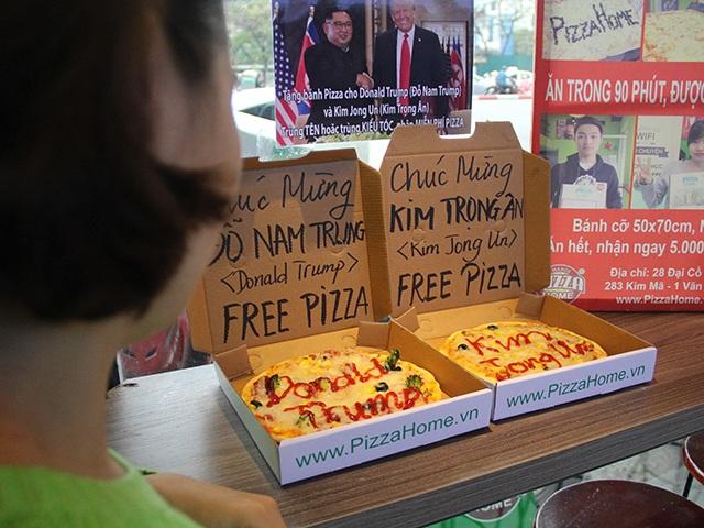 """Những ý tưởng kinh doanh """"độc, lạ"""" ăn theo hội nghị thượng đỉnh Mỹ -Triều - 11"""