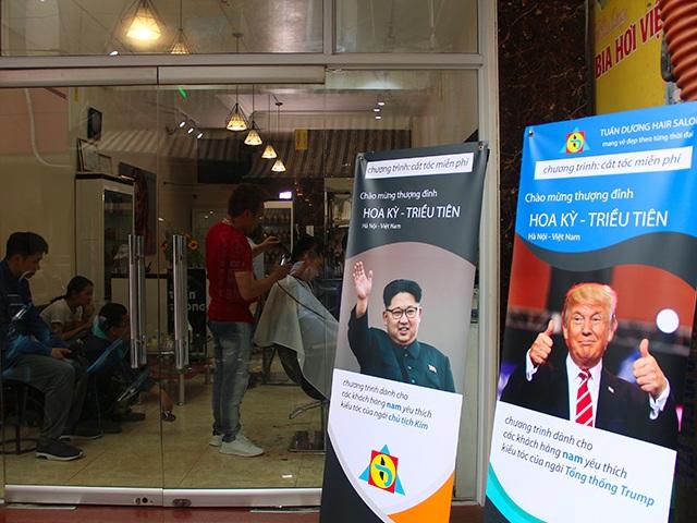 """Những ý tưởng kinh doanh """"độc, lạ"""" ăn theo hội nghị thượng đỉnh Mỹ -Triều - 5"""