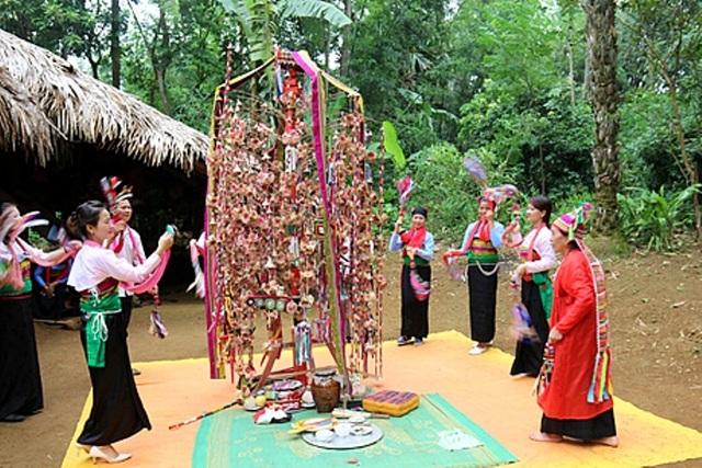 Hát Xường giao duyên của người Mường trở thành Di sản văn hóa phi vật thể quốc gia - 2