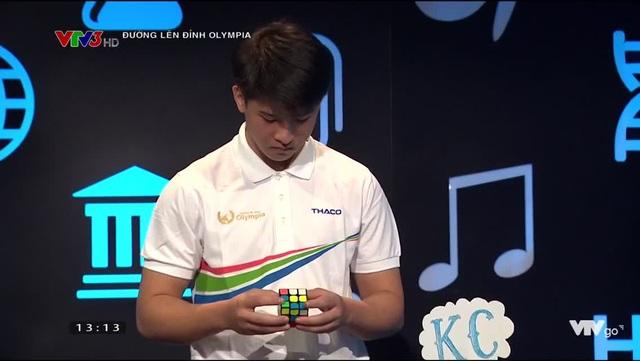 Hot boy Rubik san bằng kỷ lục Olympia: Thích văn học, cao 1m74, đẹp trai nhưng ghét chụp ảnh - 3