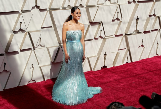 Minh tinh Hollywood khoe váy áo lộng lẫy trên thảm đỏ Oscar 2019 - 36