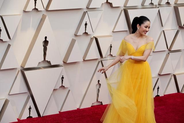 Minh tinh Hollywood khoe váy áo lộng lẫy trên thảm đỏ Oscar 2019 - 29