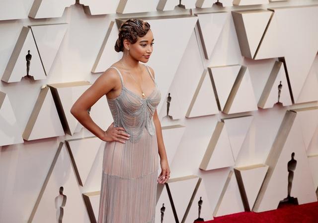 Minh tinh Hollywood khoe váy áo lộng lẫy trên thảm đỏ Oscar 2019 - 34