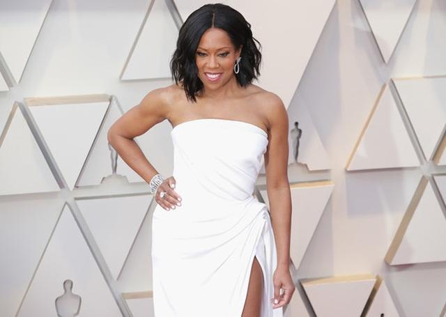 Minh tinh Hollywood khoe váy áo lộng lẫy trên thảm đỏ Oscar 2019 - 40