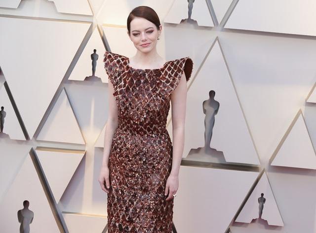 Minh tinh Hollywood khoe váy áo lộng lẫy trên thảm đỏ Oscar 2019 - 45