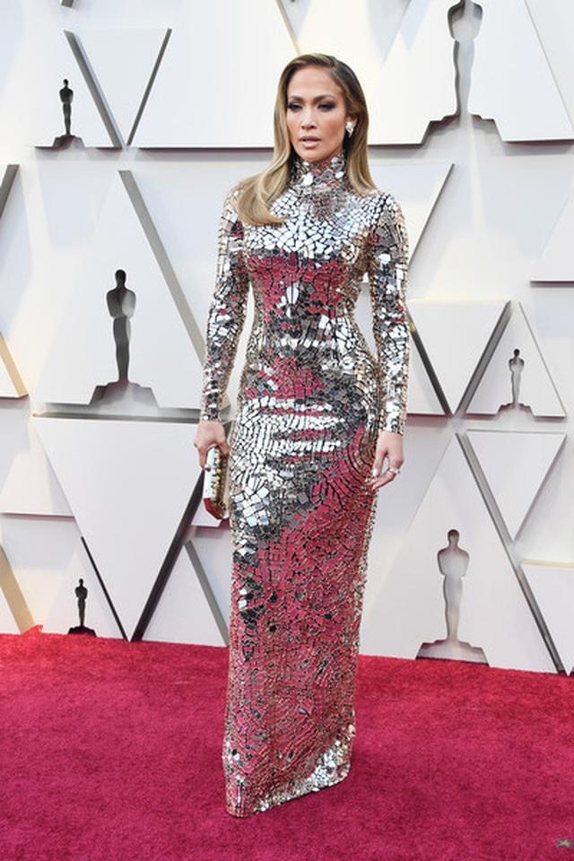 Minh tinh Hollywood khoe váy áo lộng lẫy trên thảm đỏ Oscar 2019 - 20